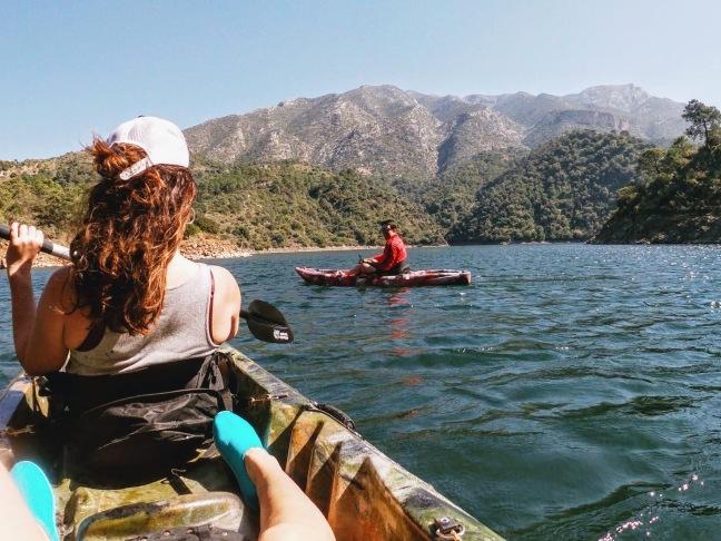Kayak-Lago-Istan-Hawaiians